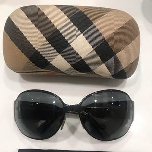 Burberry round oversized sunglasses